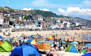 Croftview - Take a trip to Lyme Regis; explore the town and play on the beach
