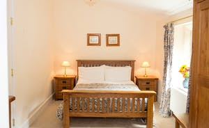 The Old Rectory - The Stannard Suite is on the first floor and has an en suite bathroom
