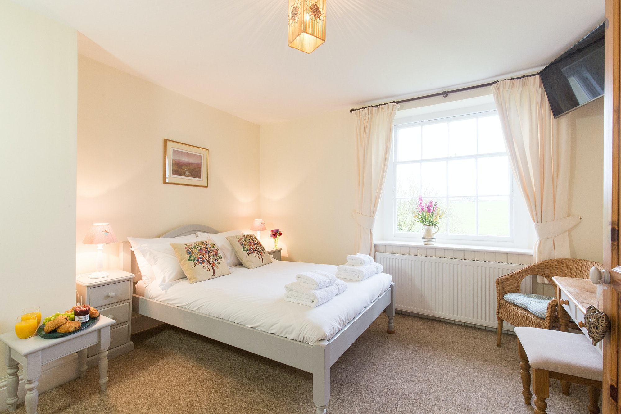 ... Pound Farm   Bedroom 5: With A View Over The Walled Garden To The Field