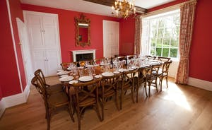 Berry House - A grand dining table to seat all 16 guests