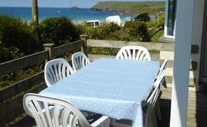 Alfresco Dining with a sea view