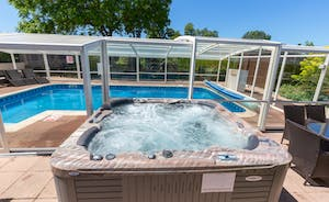 Millgrove House: The best views of those summer skies are from the hot tub