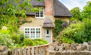 Sticky End Rutland: Front Cottage Garden