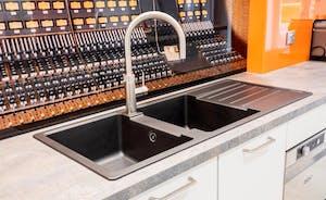 Kitchen sink and Mixer Splashback