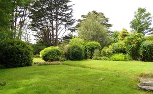 Sparnal Stitch Garden