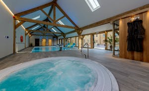 Croftview - The sunken hot tub is in the spa hall