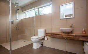 Shower room – Large walk in shower