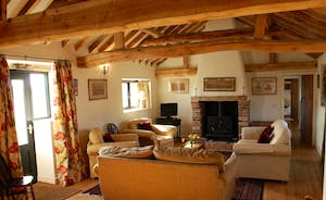 Duleep Singh Barn at Blo Norton Hall - open plan living dining area