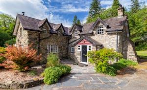 Aber Cottage Front Exterior