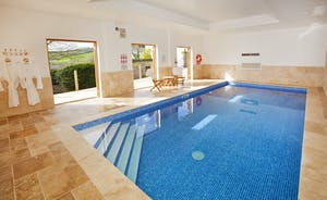 Berry House - Sleeps 16 people and boasts a fantastic indoor pool AND a games room!