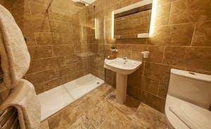Beaverbrook 20 - Bedrooms 5 - 10: En suites with walk in rainfall showers