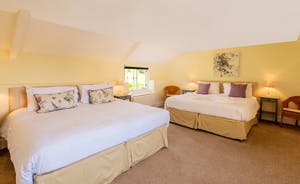 Pound Farm - Bedroom 6: Zip and link beds make for a fantastic family room - or a room for 4 older children