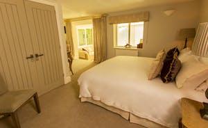 Lower Ground Floor Bedroom Suite