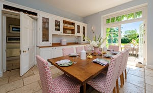 Asham House - Big happy dinners all round
