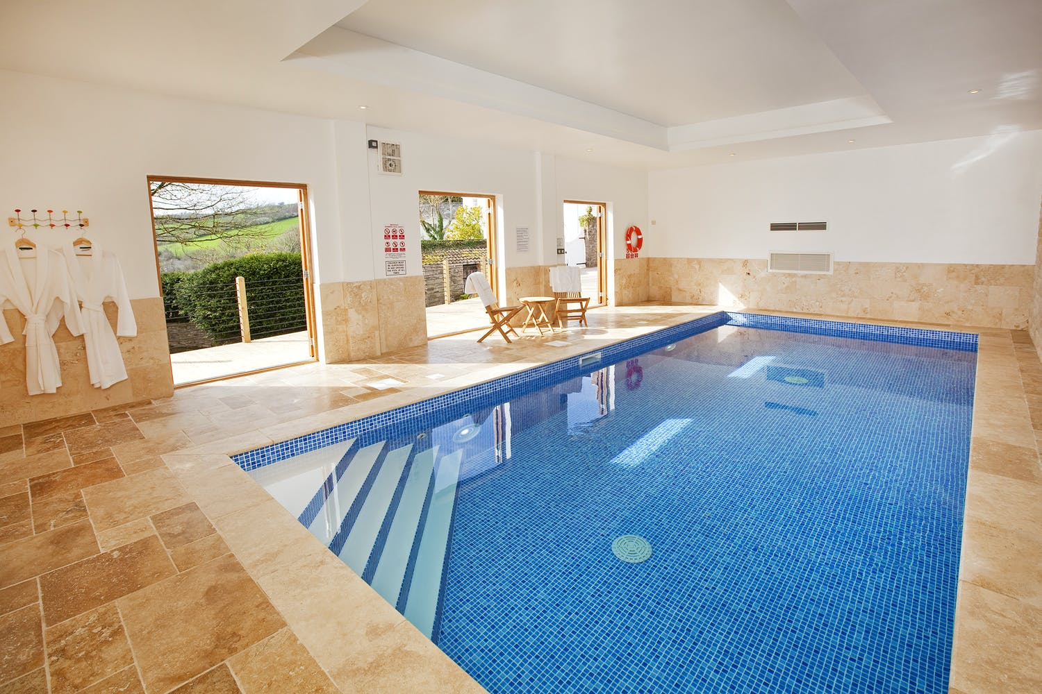 Large Holiday Homes In The Uk With Indoor Swimming Pools Holiday Ideas Sleeps 12