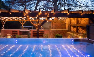 Pitmaston House - A 4m swim spa - such luxury!
