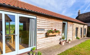 Whinchat Barns - Dippers Rest: Centuries old farm buildings have been carefully transformed into beautiful holiday cottages