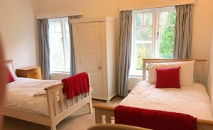 Riversdale Lodge Red Bedroom