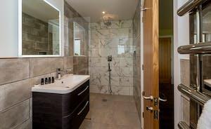 Croftview - Bedroom 5 (Badger) has its own en suite shower room