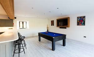 The Granary - How about a game of pool whilst dinner's cooking?