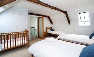 Whinchat Barns - Wagtail Corner: Bedroom 2 - Snooze space for three, plus a cot