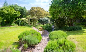 Ilbeare - A beautiful garden for grown ups and children to explore