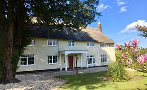 Pippinsands - This beautiful holiday cottage sleeps 14 people in 6 bedrooms