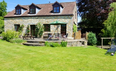 Short Breaks at Kingfisher Cottage