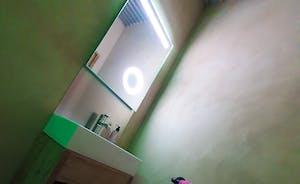 Pig shed washroom