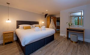Kingshay Barton - Bedroom 1 (Purtington) Sleeps 2 in zip and link beds and there's room for an extra single for toddlers (charged)