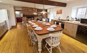 Ilbeare - A lovely country kitchen with 4 oven AGA and heaps of character