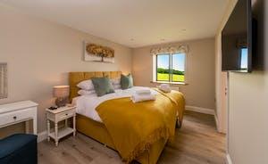 Croftview - Bedroom 3 (Duck): On the first floor with an en suite shower room