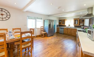 Culmbridge House - A well equipped kitchen with plenty of room to move about