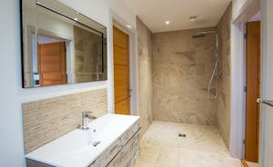 Orchard View - A roomy ground floor wetroom for Bedrooms 5 and 6