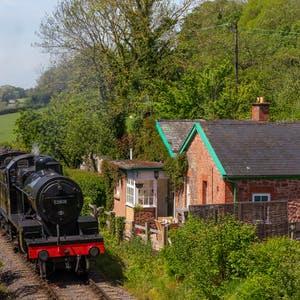 Lavendar hill   railway cottage 2 %281%29.thumb