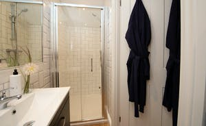 Pigertons - Bedroom 5 has an ensuite shower room