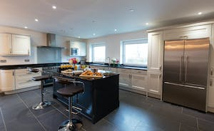 Orchard View - Such a sociable space, this big kitchen-diner