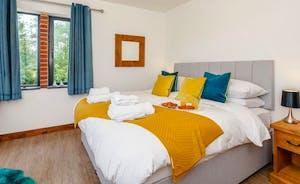 Bedroom 3 sleeps 4 in 2 super king zip an link beds