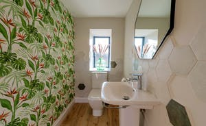 Croftview - Even the downstairs loo is seriously cool!