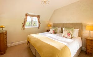 The Cottage Beyond: Bedroom 4, full of sunshine on brighter days