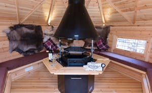 Foxhill Lodge - The BBQ Lodge can be used anytime of year