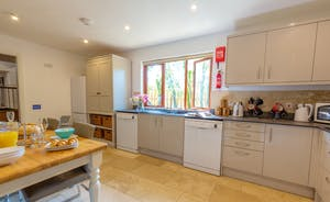 Thorncombe - The kitchen is lovely and light and airy