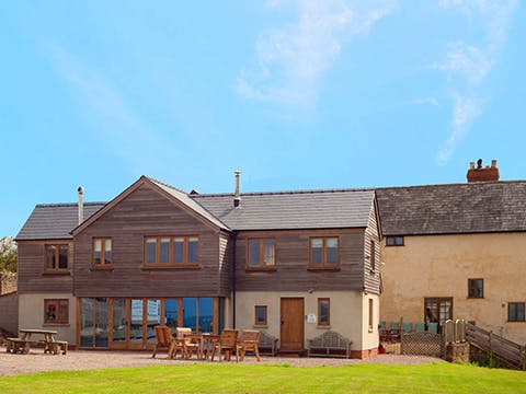 Lowe Farmhouse
