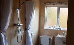 Woodside Bathroom/Wetroom