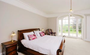 The master bedroom sleeps 2 with ensuite