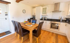 Siskins Nook, Stonehayes Farm - To one end of the ground floor living space is a well-equipped kitchen and dining area