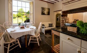 Pound Farm - A lovely spot in the kitchen for morning coffee or afternoon tea