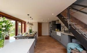 Whimbrels Barton - Bean Goose Barn: A stylish kitchen-dining room