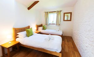 Whinchat Barns - Dippers Rest, Bedroom 3: A superking or twin room on the ground floor