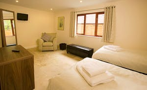 Cockercombe - Nice and spacious, Bedroom 2  can be a super king or a twin room